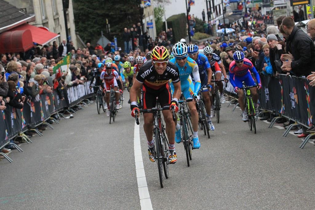 Retransmisión de la Amstel Gold Race en La Ciclería. El mejor ciclismo mientras disfrutas del vermú o el café